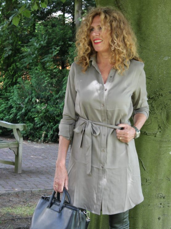RESISTE ET REVE | SHIRTDRESS ARMY GREEN from Wolf and Storm