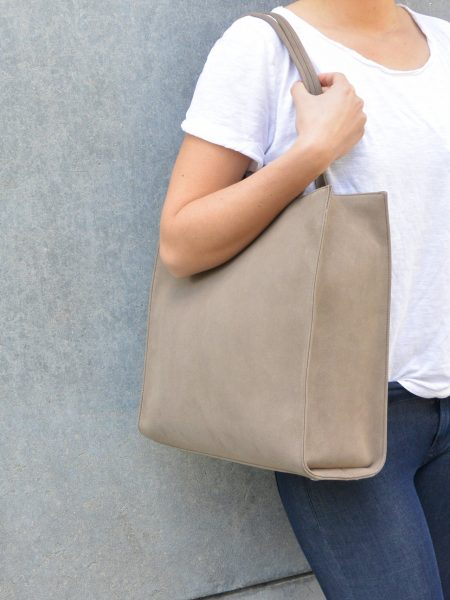 DENISE ROOBOL | PLAIN WORK BAG | BRUIN