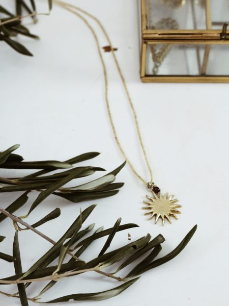 A Beautiful Story | Paradise Garnet Sun Gold Necklace