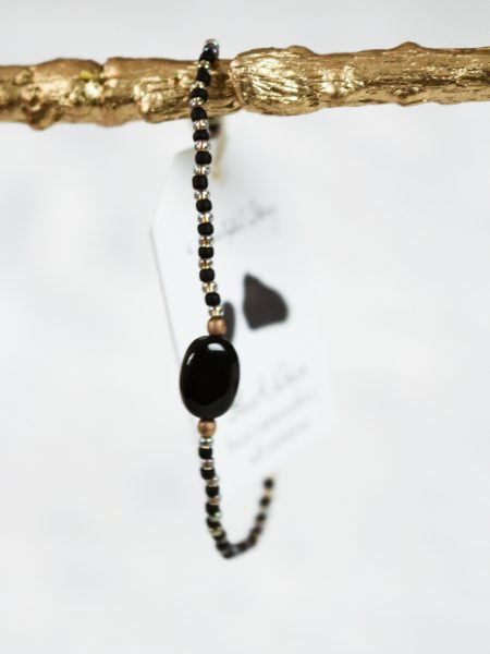 A Beautiful Story | Winter Black Onyx Gold Bracelet